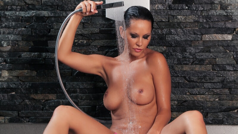 Video Hot sous la douche